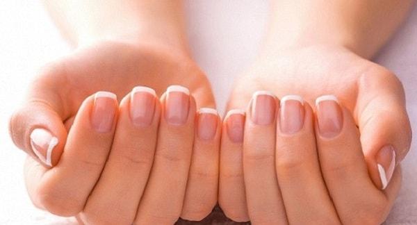 Что могут рассказать о здоровье нарушения ногтевой пластины